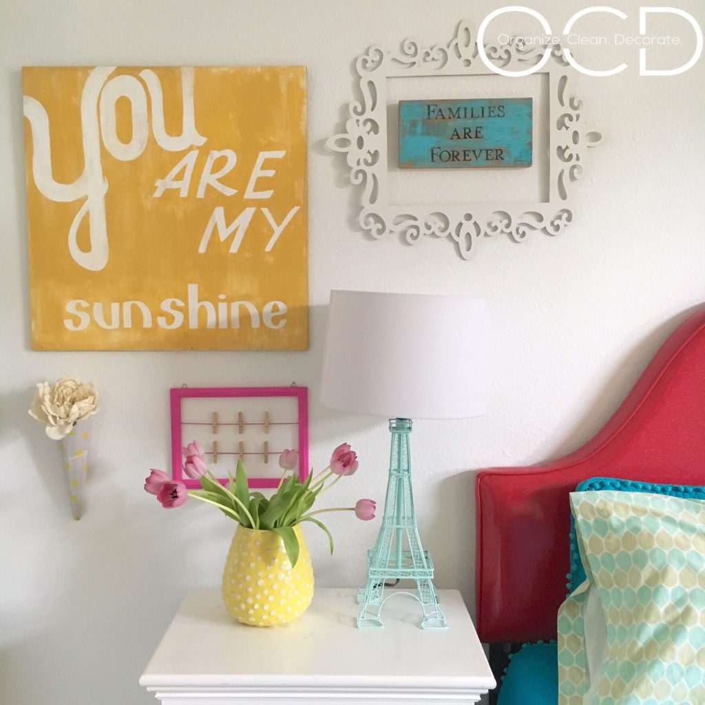 Colorful Tween girl bedroom